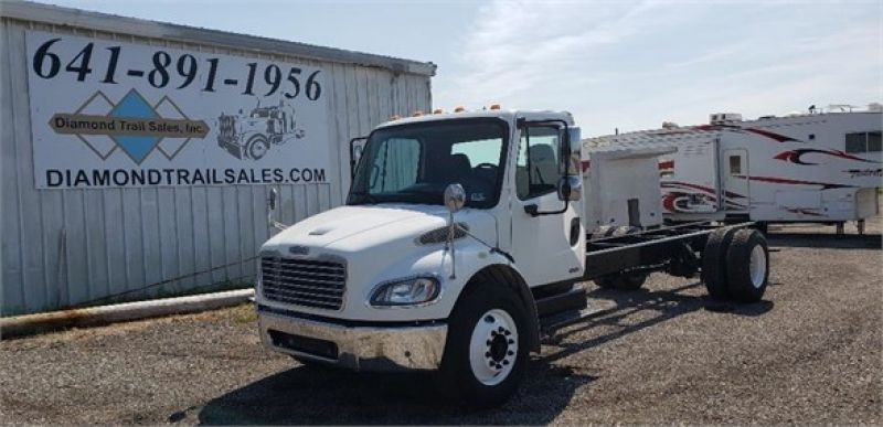 2005 FREIGHTLINER BUSINESS CLASS M2 106 5116996909