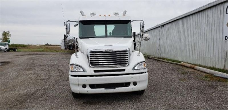 Thumbnail : 2007 FREIGHTLINER COLUMBIA 120 5137161697