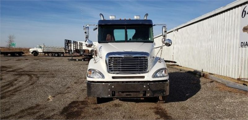 Thumbnail : 2007 FREIGHTLINER COLUMBIA 120 5213382805