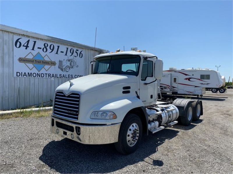 2011 MACK PINNACLE CHU613 6093092791