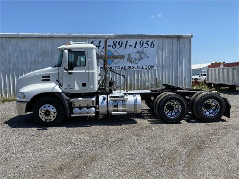 2012 MACK PINNACLE CHU613 6093156757