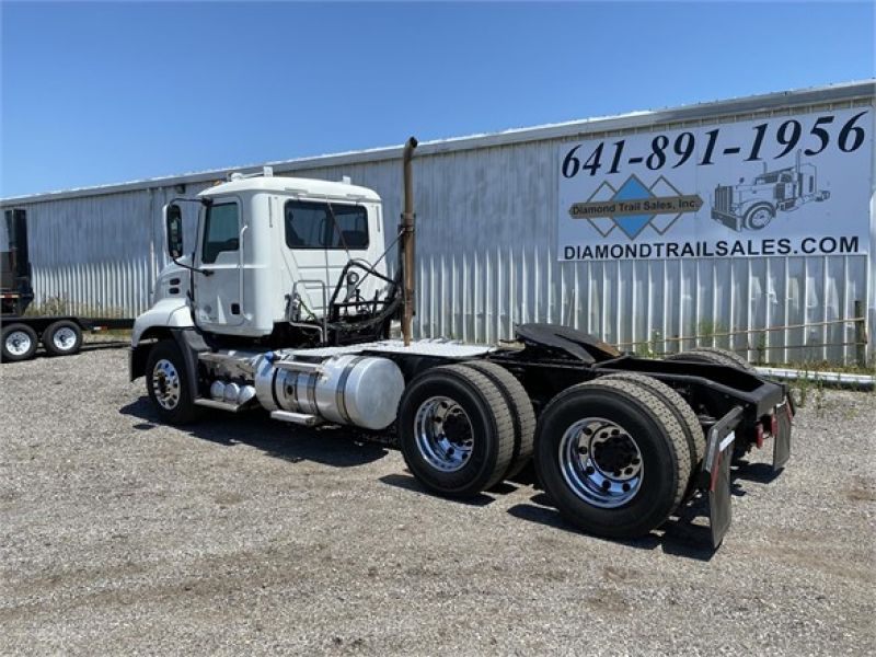 2012 MACK PINNACLE CHU613 6093158127