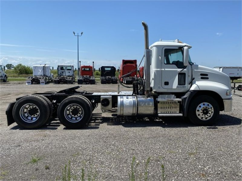 2012 MACK PINNACLE CHU613 6093162809