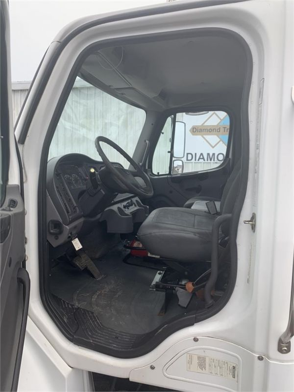 2007 FREIGHTLINER BUSINESS CLASS M2 106 6215205679