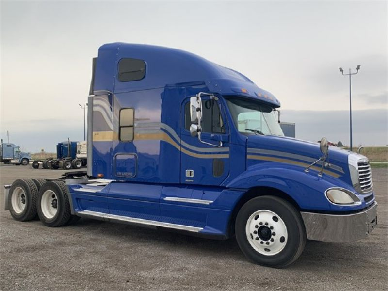 Thumbnail : 2004 FREIGHTLINER COLUMBIA 120 7024193331
